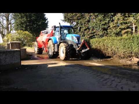 Alastair Dale Spreading Slurry Part 2 - Tanker Work