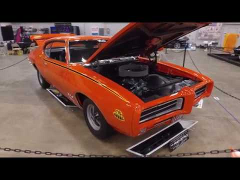 tricked-out-or-treat-–-car-candy-for-collectors---classic-auto-insurance