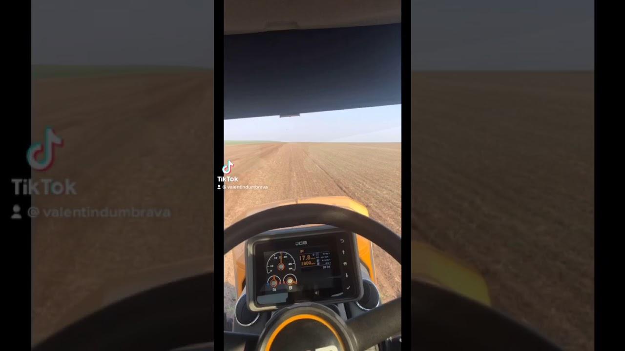 80km\h cu tractorul?🤔