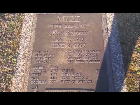 Johnny Mize Grave