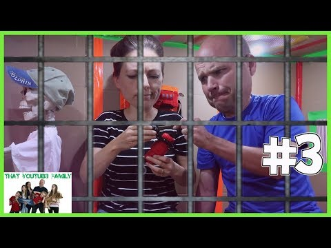 Parents Escape Hello Neighbor Ultimate Box Fort Maximum Security Prison! / That YouTub3 Family