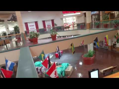 DEAD MALL: Wonderland of the Americas Little Shops in Balcones Heights Area of San Antonio, Texas