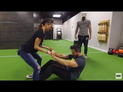 The Best Core Exercise EVER with Stefanie Obregozo