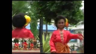 Download Video TARI  MAK INANG PAK MALAU VERSI ANAK-ANAK MP3 3GP MP4