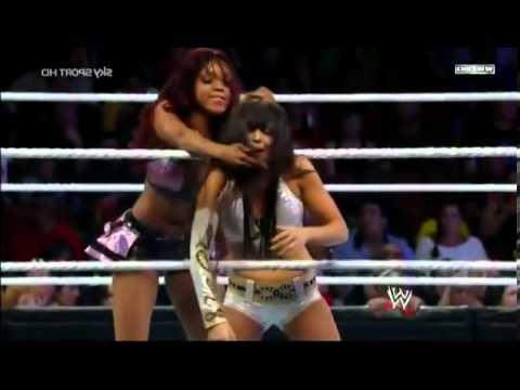 WWE SuperStars Layla vs  Alicia Fox 2013