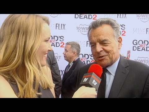 """Ray Wise Interview """"God's Not Dead 2"""" Premiere Red Carpet"""