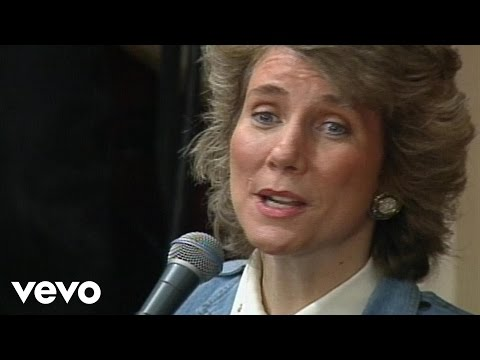 Joni Eareckson Tada and Vestal Goodman - Farther Along [Live]
