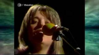 Watch Suzi Quatro Daytona Demon video