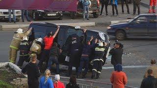 Авария в Нижнем Новгороде / Перевернули машину