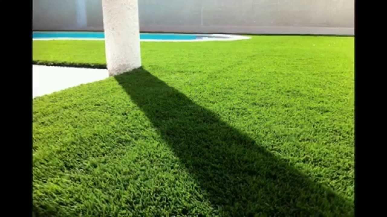 Pose gazon artificielle pelouse synthetique youtube - Pose pelouse synthetique ...