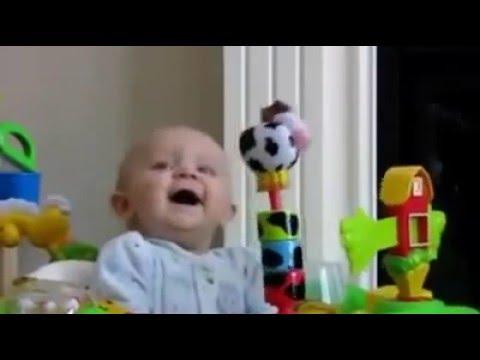 Bimbi Che Ridono Compilation Le Risate Più Belle Dei Bambini