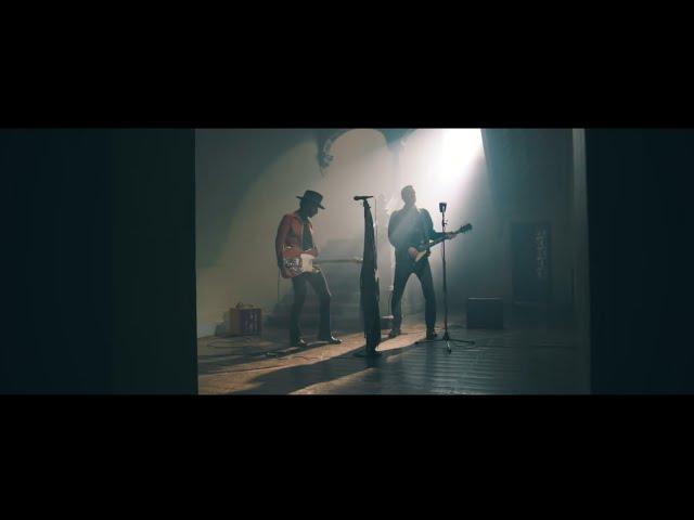 Depedro - Noche Oscura ft. Leiva (Videoclip Oficial)