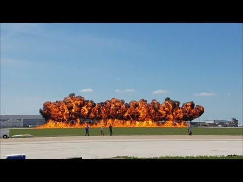 Blue Angels, F16, Vietnam Demo And High Speed Passes (Fort Worth Air Show 2016) 4K