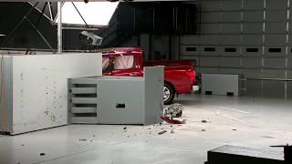 2017 Nissan Titan Crash Test