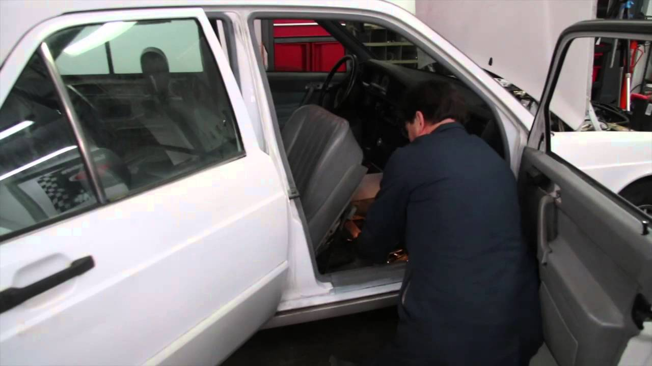 how to remove a mercedes electric powered front seat [ 1280 x 720 Pixel ]