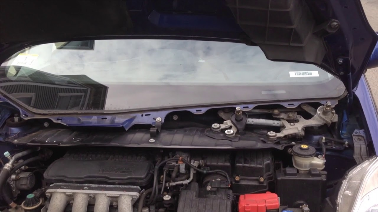 2009 thru 2014 honda fit how to change spark plugs how to change coils [ 1280 x 720 Pixel ]