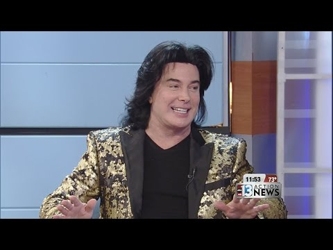 INTERVIEW: Frank Marino critiques Oscars fashion