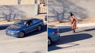 Lustiger Versuch: Frau hilft beim Einparken – das nimmt eine kuriose Wendung