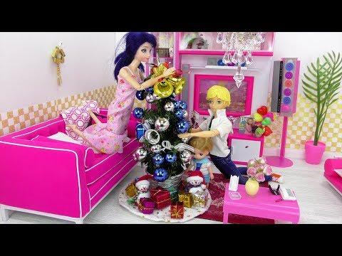 Marinette y Adrien decoran la sala para navidad   videos de navidad
