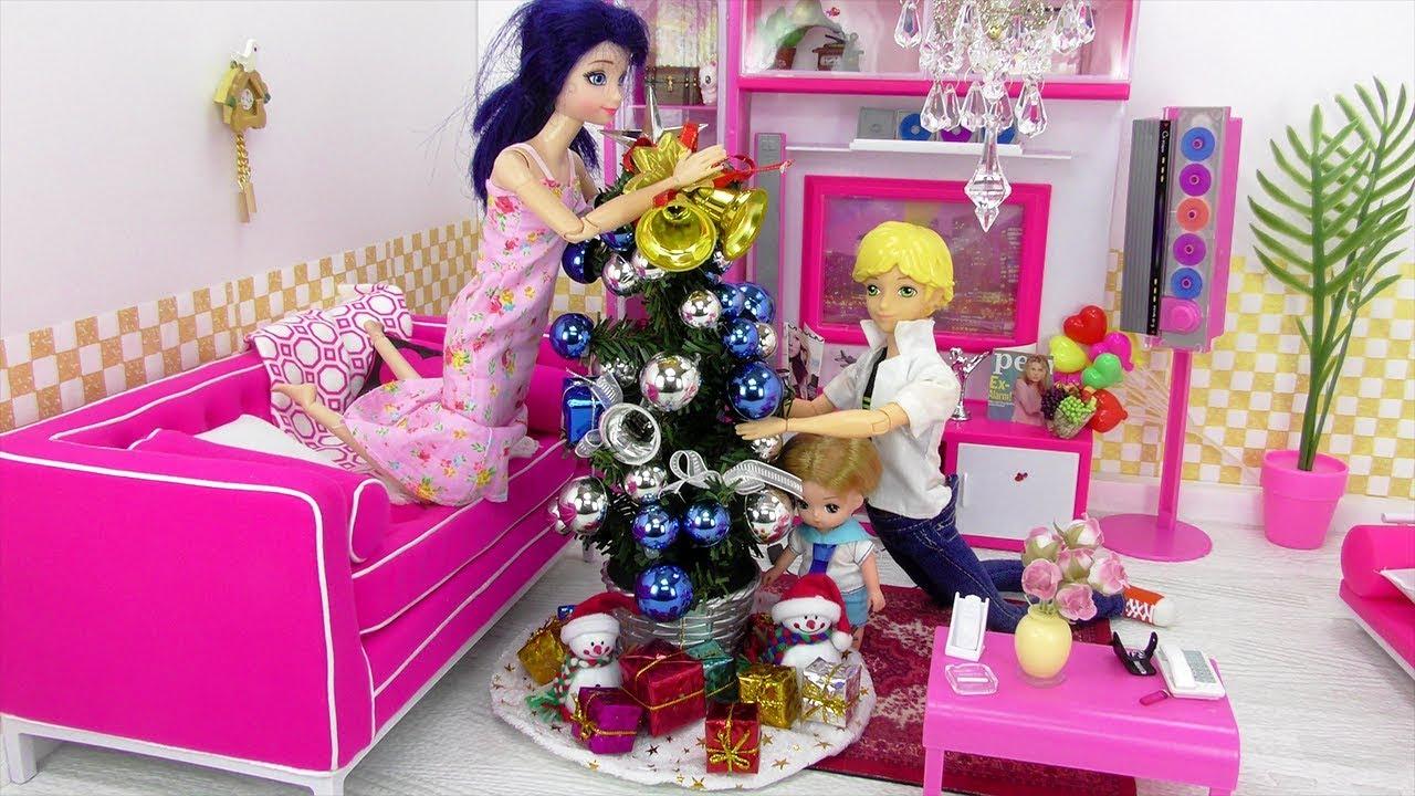 Dibujos De Barbie De Navidad.Marinette Y Adrien Decoran La Sala Para Navidad Videos De Navidad
