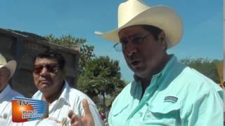 Programa 417, Salvador Calles Ramírez supervisa asfaltado carretera 2 caminos  Mercado