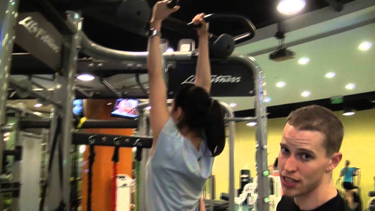 Proper Chin Up Technique With Troy - YouTube