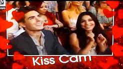 Zac Efron & Vanessa Hudgens - MTV Movie Awards 2010 (Kiss Cam)