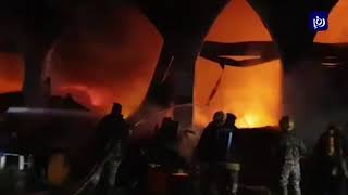 حريق كبير في محال للأثاث المستعمل بمنطقة وسط البلد - (6/2/2020)