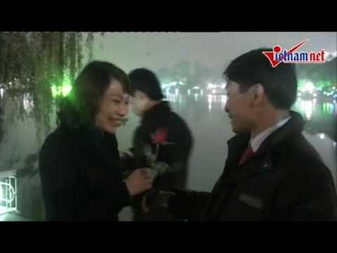 Việt Nam_Những nụ hôn nóng bỏng ngày Valentin (đêm giao thừa 2010)