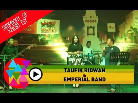 Yesterday By Beatles Cover by Emperial Band at Warung Musik Kampayo