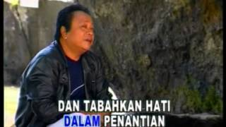 [4.30 MB] Mansyur S - Penantian [Official Music Video]