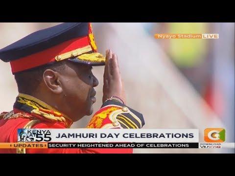 President Kenyatta shows up for Jamhuri Day in full army service dress uniform
