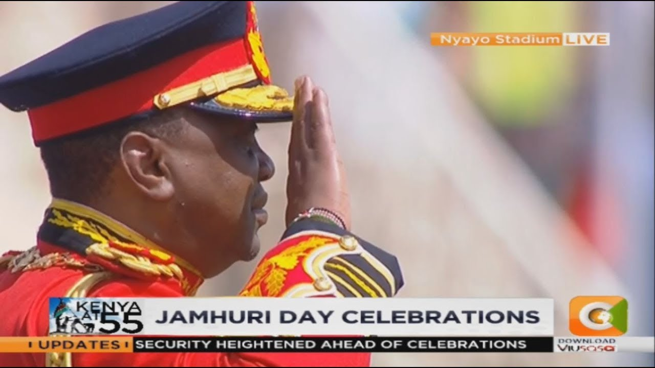 President Kenyatta shows up for Jamhuri Day in full army service dress uniform