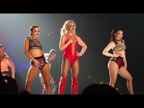 Britney Spears - Stronger + You Drive Me Crazy - Nangang Exhibition Center Taipei Taiwan