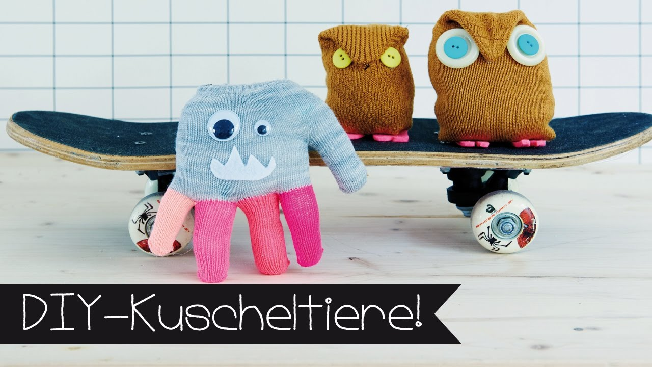 diy basteln mit kindern i sockentier handschuhmonster selber machen youtube. Black Bedroom Furniture Sets. Home Design Ideas