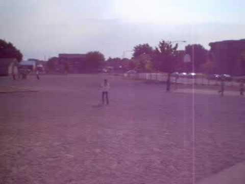 hqdefault - Jeux : La balle au mur