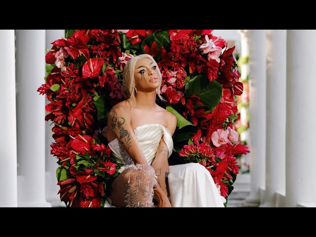 Pabllo Vittar - Ama Sofre Chora (Official Music Video)