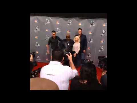 """Christina Aguilera - The Voice Press Event """"Red Carpet"""" 03 (7/Nov/13)"""