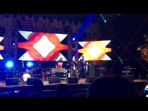 Puya feat La Familia- Is this the life Baia Mare Sarbatoarea Castanelor 2017