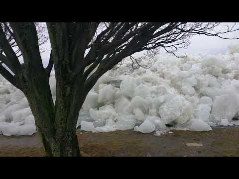 Hammer - When The Wind Blows Ice To The Far End Of Lake Erie