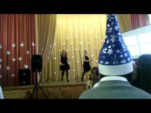 видео: Новый год в школе 2101