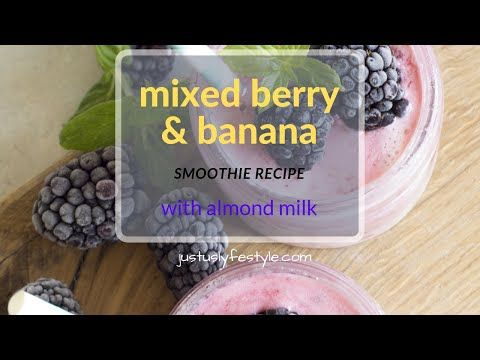 mixed-berry-and-banana-smoothie