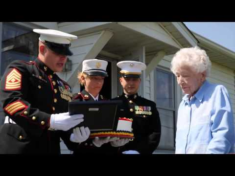 100 Year Old Veteran Gets Cake From Marines