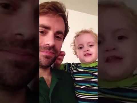 Ein kleiner junge sagt ficken Anstand flicken 😂😂 - YouTube