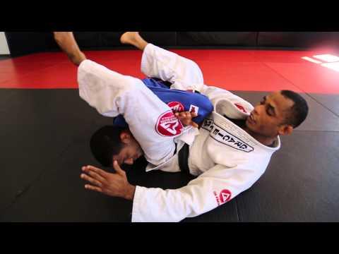Barata shows His Barataplata from Reverse Knee Ride