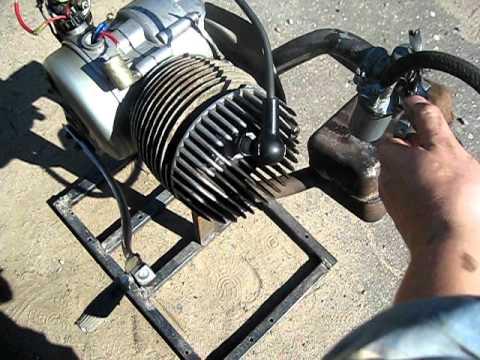 Запуск двигателя мотороллера
