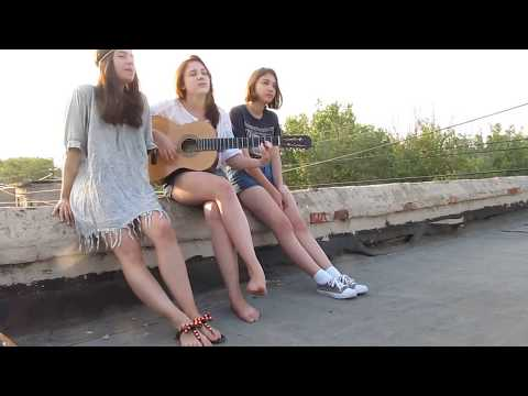 Barefoot Girl Plays Guitar and Sings on Roof (read desc please!)