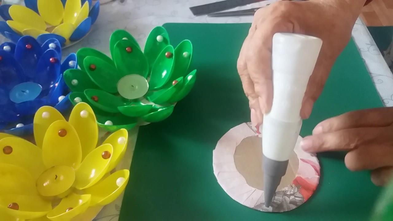 Как сделать лилию из ложек фото 6