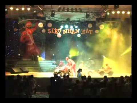 live show 5 ae sieu nhan chiec xe hoi that tinh gian hon voi quach tuan du