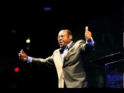 Dr. Myles Munroe's Prophecy July 2014 before he died!